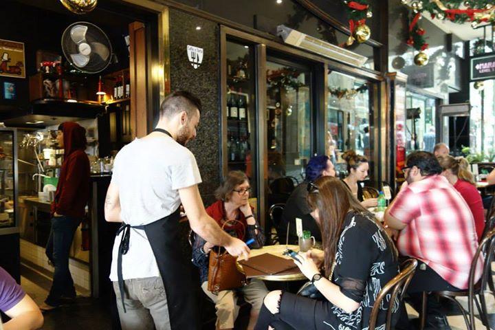 メルボルンの有名カフェ