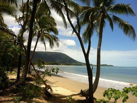 観光客が少なくローカルの香りがするケワラビーチ