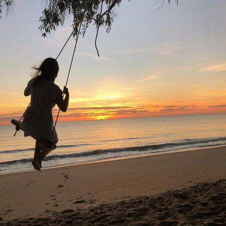 ケワラビーチのサンセットはとても美しいです