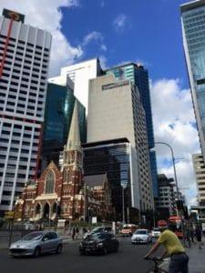 都会と歴史的建造物の融合
