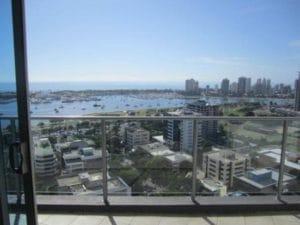 マンションからの眺めもこんなに広々。ゴールドコーストならではの眺めです。