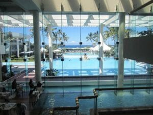世界の観光地ゴールドコーストには、5つ星ホテルもたくさん並びます