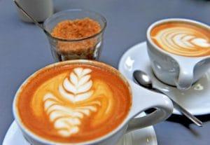 カフェの町