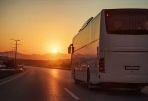 バスも運行しています