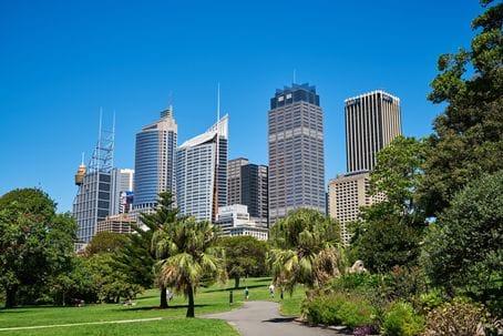 都会な街なみのシドニー