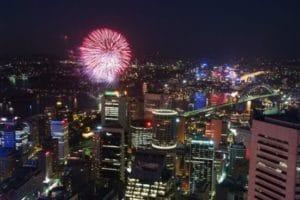 海外でもイベント時に花火が良く打ち上げられます。