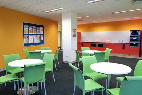 Impact Brisbane(インパクト)の校内休憩スペース2