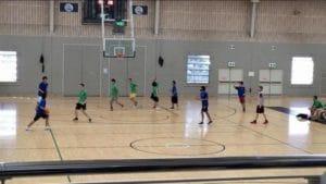 青チームがブリスベンキャンパス、緑チームがゴールドコーストキャンパスです。