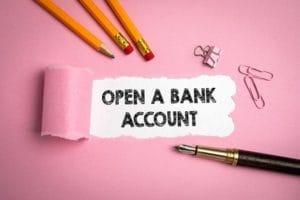 オーストラリアで銀行を開設する方法をご案内いたします。
