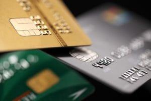 クレジットカードに保険がついてる?