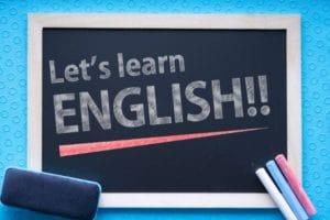 英語を習得したら次は大学進学の道も選べます。