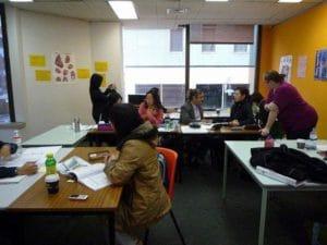 看護留学と言ってもまずは教室で英語を学びます