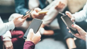オーストラリアの通信事情と携帯を安く使う方法