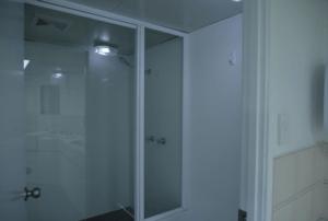 オイル を使う事があるため、シャワールームも付いてます